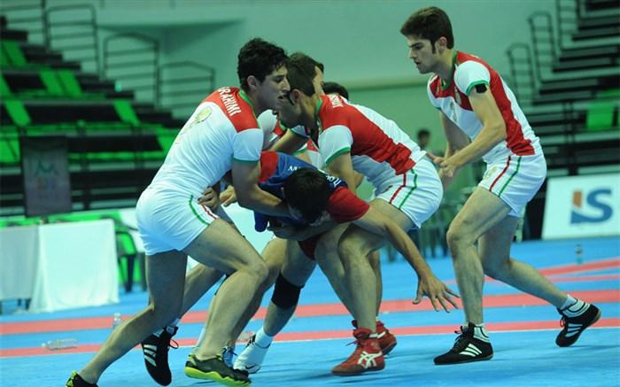 هندیها از نام ایران میترسند/ حریفان اصلی ما در مسابقات جهانی تیمهای آسیایی هستند